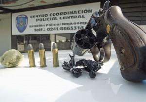 Arma de fuego y droga incautada en Naguanagua
