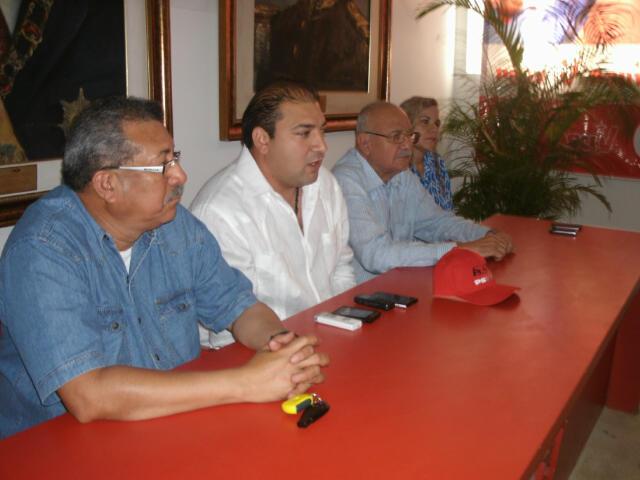 Alcalde Charbel se incorpora al PSUV